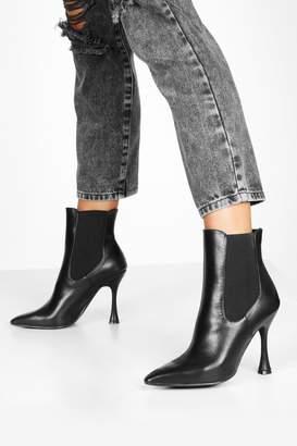 boohoo Interest Heel Pointed Toe Chelsea Boots