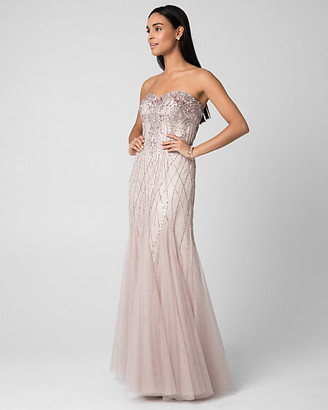 Le Château Embellished Tulle Sweetheart Gown