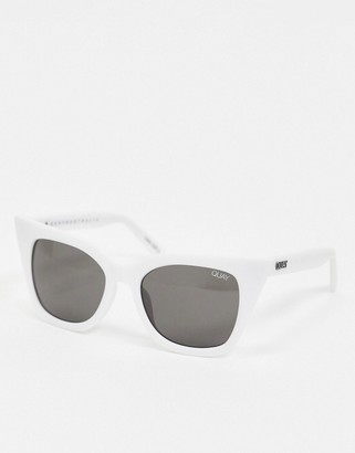 Quay Harper cat eye sunglasses in white