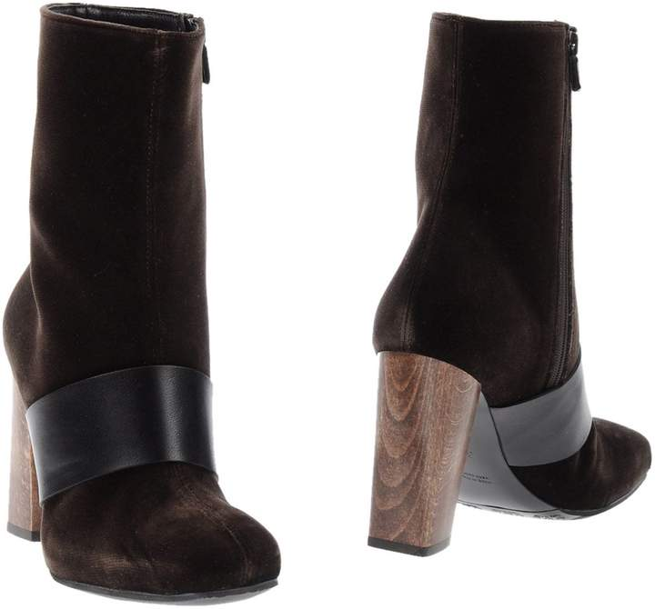 CNC Costume National Ankle boots