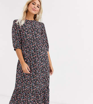 New Look tiered smock midi dress in multi coloured floral-Black