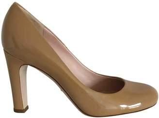 Unützer Camel Patent leather Heels
