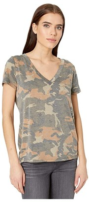 Miss Me V-Neck Camo Tee with Stars (Camo Green) Women's Clothing