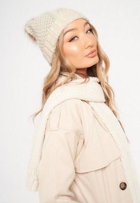 Missguided Cream Cable Knit Hat And Scarf Set