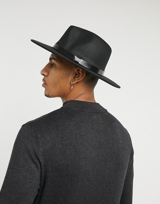 7x SVNX fedora with ribbon and chain trim in black