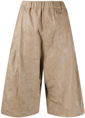 No.21 Crease-Effect Bermuda Shorts