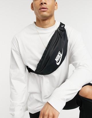 Nike Heritage bum bag in black