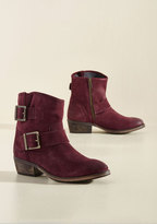 Castanets Suede Boot in 7