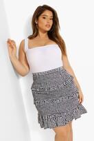 Thumbnail for your product : boohoo Plus Gingham Shirred Ruffle Mini Skirt
