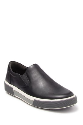 Vince Randell Leather Sneaker