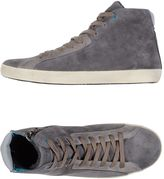 Fred Mello Sneakers
