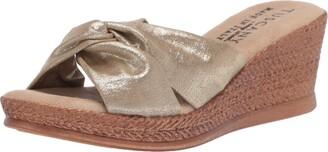 Easy Street Shoes Women Sandal