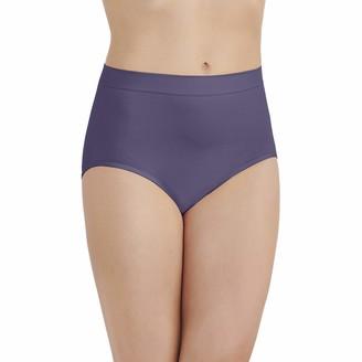 Vanity Fair Women's Smoothing Comfort Seamless Brief Panty 13264