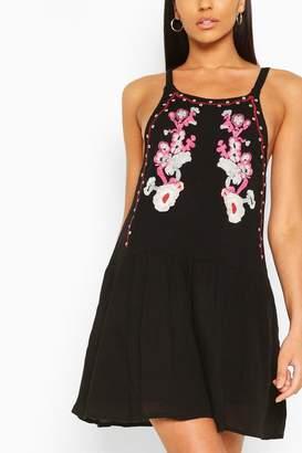 boohoo Embroidery Detail Sleeveless Dress