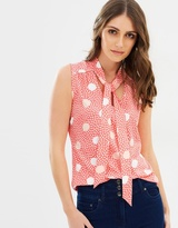 Review Fanciful Spot Top