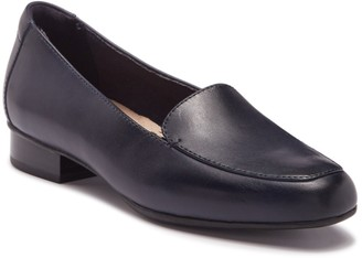 Clarks Juliet Lora Leather Loafer - Multiple Widths Available