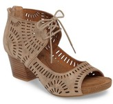 Sofft Women's Modesto Perforated Sandal