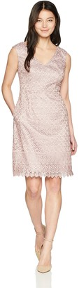 Adrianna Papell Women's Petite Short Guipure Lace Dress with V Neckline