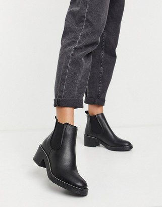 Depp chunky flat chelsea boots in black leather
