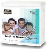 Utopia Bedding Premium Hypoallergenic Waterproof Mattress Protector - Vinyl Free - Fitted Mattress Cover (Queen)
