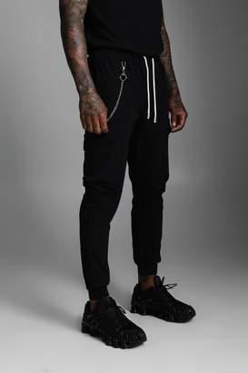 boohoo Nylon Cuffed Cargo Pocket Trouser With Chain