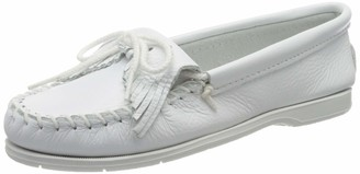 Minnetonka Women's Kilty Unbeaded Moccasin White Size: 4 UK