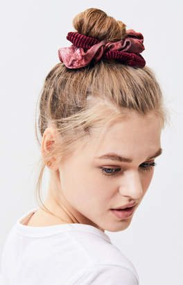 La Hearts Velvet Scrunchie 4-Pack