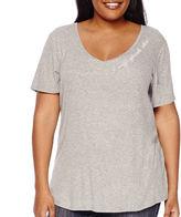 Boutique + Boutique+ V-Neck Graphic Tee Shirt - Plus