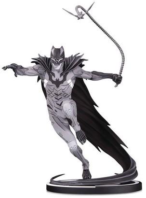 Dc Comics Batman: Black & White Statue by Kenneth Rocafort