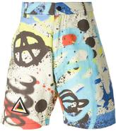 Kokon To Zai graffiti print shorts
