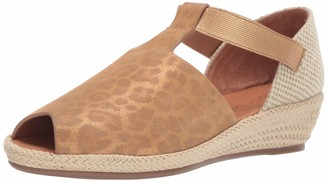 Gentle Souls by Kenneth Cole Women's Luci T-Strap Espadrille Wedge Sandal