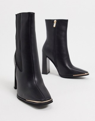 Simmi Shoes Simmi London Melisa square toe chelsea boot with gold plating in black