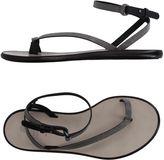 Brunello Cucinelli Toe strap sandals