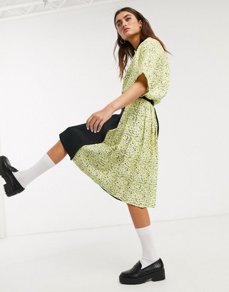 Fred Perry floral pleated skirt in black