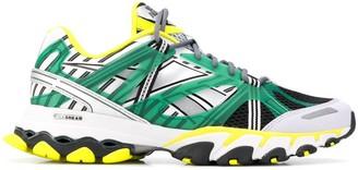 Reebok DMX Trail contrast panel sneakers