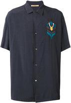 Nuur embroidered figure shirt