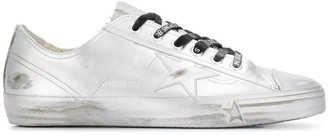 Golden Goose V-star 2 sneakers