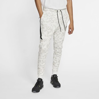 Nike Men's Printed Joggers Sportswear Tech Fleece