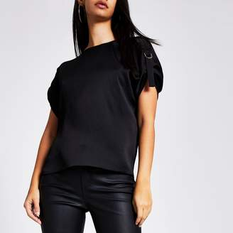 River Island Womens Black D-ring shoulder short sleeve T-shirt