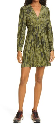 Baum und Pferdgarten Astrella Woodcut Print Long Sleeve Fit & Flare Dress