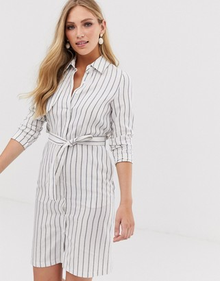 Liquorish tie front shirt dress in blue stripe-Cream