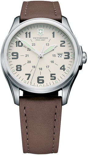Swiss Army Victorinox 'Infantry - Vintage' Round Leather Strap Watch