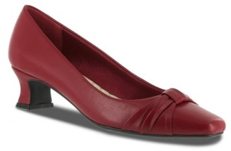 Easy Street Shoes Waive Pump