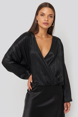 NA-KD Wrap Front Plisse Batwing Sleeve Blouse