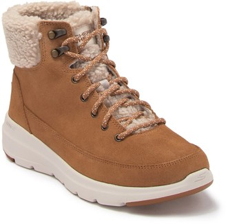 Skechers On The GO Glacial Ultra Woodlands Faux Shearling Lined Boot