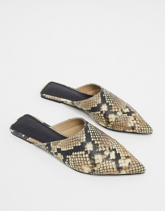 Who What Wear Davidson slip on mule shoes in snake
