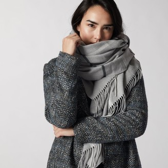 Love & Lore Love And Lore Super Soft Square Blanket Scarf Grey Plaid