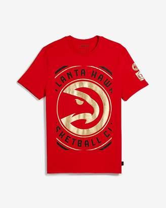 Express Atlanta Hawks Nba Crew Neck Foil Graphic T-Shirt