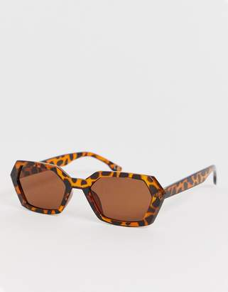 square sunglasses in tort