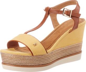 Refresh Women's 69580.0 Platform Sandals